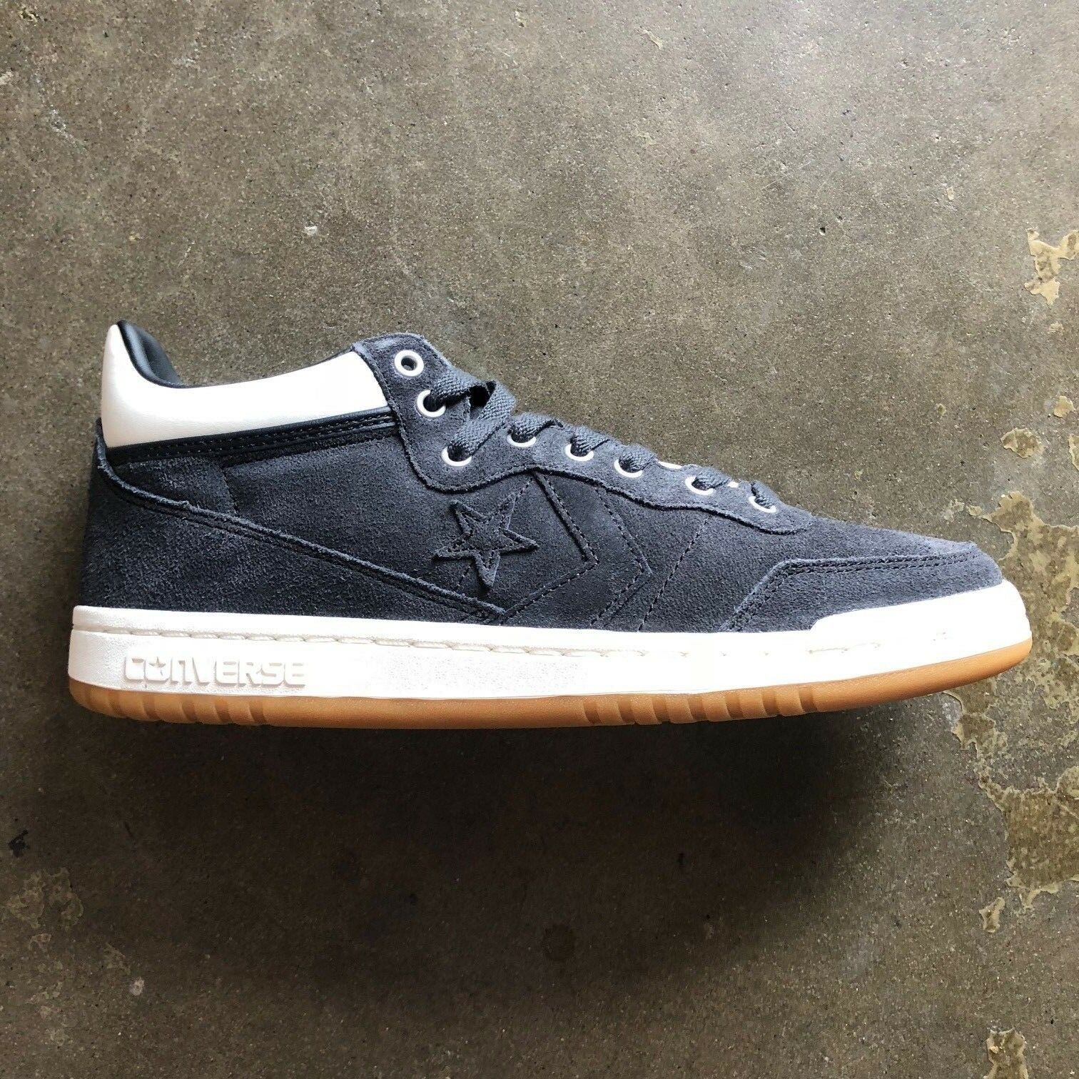 CONVERSE FASTBREAK PRO MID (ALMOST Noir/EGRET/GUM) Taille: 8-12 --FAST SHIPPING--