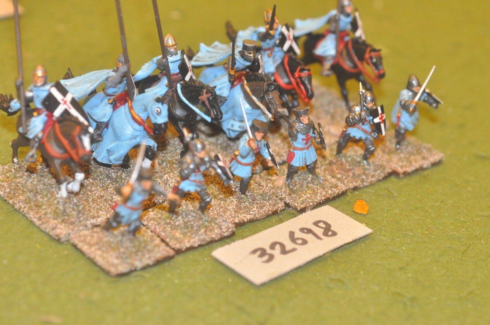 25mm medieval   crusader - military order knights plastic 12 figs - cav (32698)