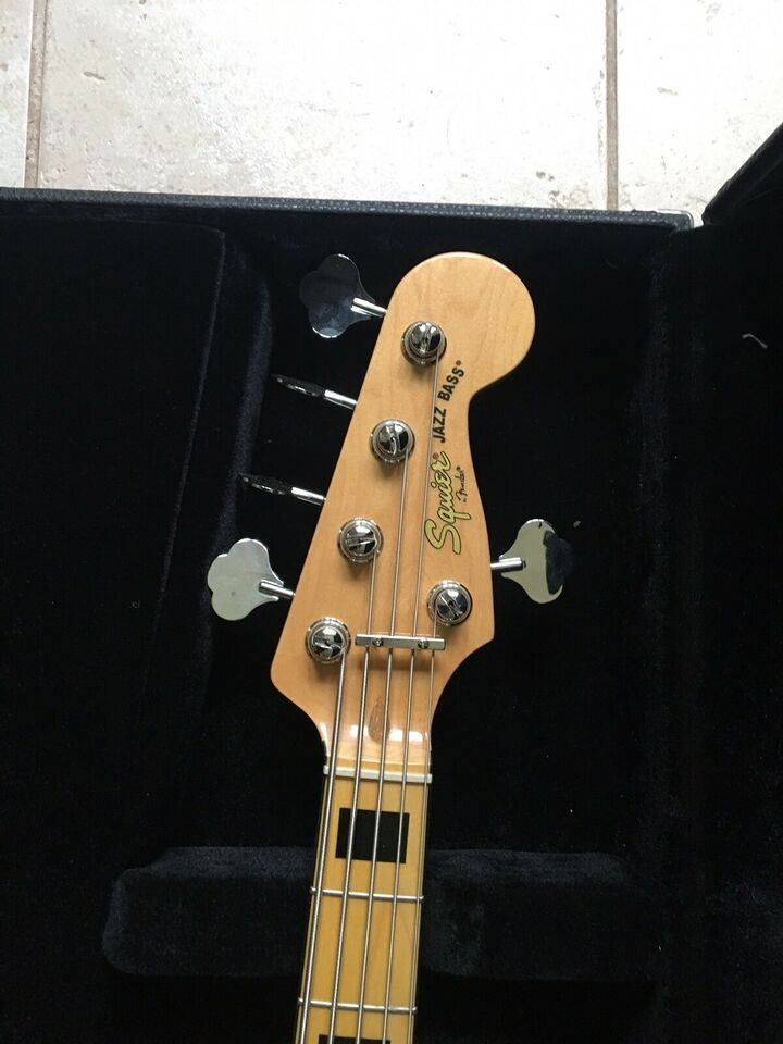 Elbas, Squier Vintage Modified Jazz Bass V
