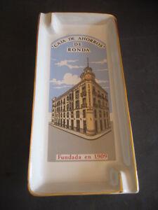 BANDEJA CENICERO PORCELANA. CAJA DE AHORROS DE RONDA, FUNDADA EN 1909