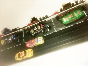 3-PIT-STOP-SCENES-EACH-COMPLETE-with-SEVEN-MAN-PIT-CREWS-amp-LOTS-OF-PIT-TOOLS