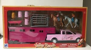 New-Ray-Valley-Ranch-Pink-Pick-Up-amp-Horse-Trailer-Set-New