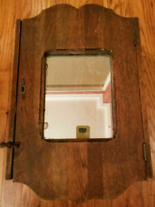 Antique-Vintage-OAK-MEDICINE-Apothecary-Wall-CABINET-w-keyhole-Glass-Mirror