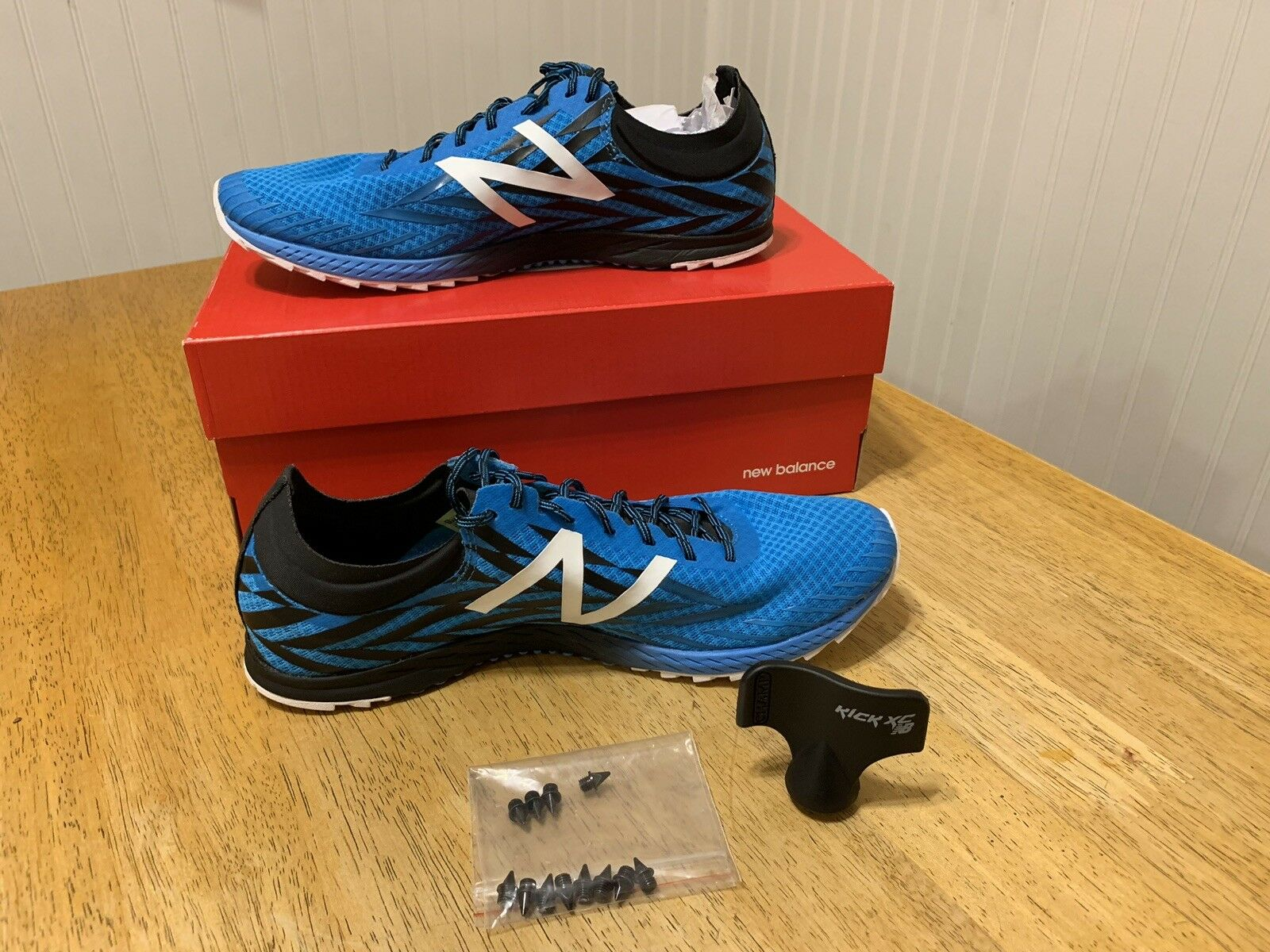 New Balance Cross Country Spikes XC 900 BRAND NEW