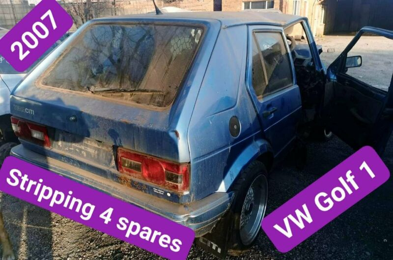 VW Golf 1 2007 stripping for spares