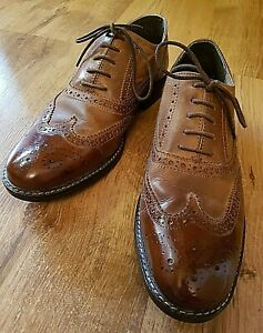 red tape mens shoes 8 brown leather brogues round toes