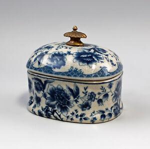 9977365-Messing-Keramik-Dose-Floraldekor-Blumen-blau-11x13cm