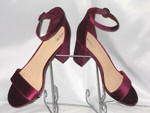 2725ecaafca WOMEN S SHOES SIZE 11 GAP CLASSY HEELS BURGUNDY RED VELVET PARTY ...