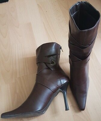 Ladies Brown botas talla 6