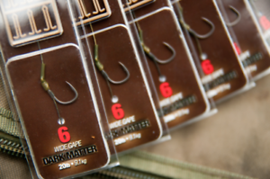 Barbed or Barbless All Sizes Pack of 5 Korda Dark Matter Rigs