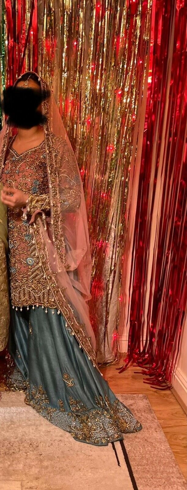 Pastel colour Heavily embellished Asian wear/mehndi bride outfit 8/10