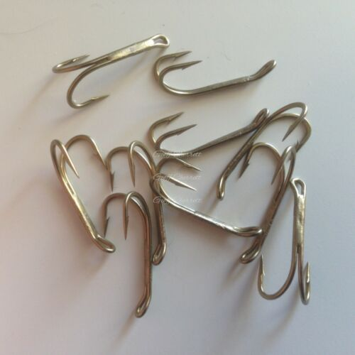 5 each size 8 and 6 Kamasan B270 double fly hooks.