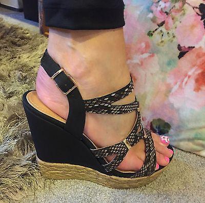 Talón Sandalias De Plataforma Cuñas Zapatos De Las Señoras Pink Boutique Con Tiras Talla 7 40 Verano
