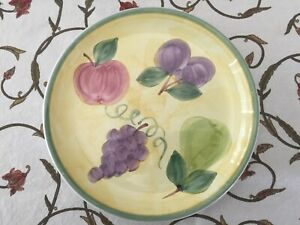Frutta-by-Caleca-Luncheon-Plate-Yellow-Background-Green-Band-7-5