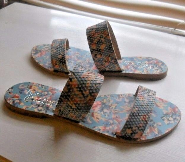 New Joie a La Plage ~ Art to Wear ~ Sable Blue Floral 2 Strap Flat Sandal ~ 38.5