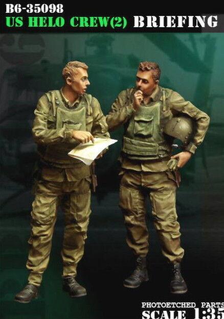 Bravo6 1 35 US Helo Crew Vol.2  Briefing  (2 figures, resin + PE)