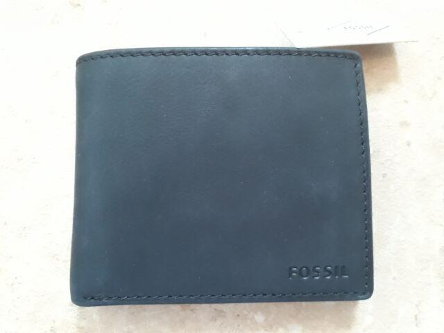 213ac3c029 Fossil Nova Wallet Men's Black Leather ML3565001 for sale online | eBay