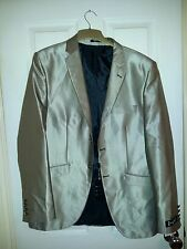 PALMER ROSSI 2 PIECE SUIT SIZE, CHEST 45 INCHES, WAIST 37 INCHES, BNWT