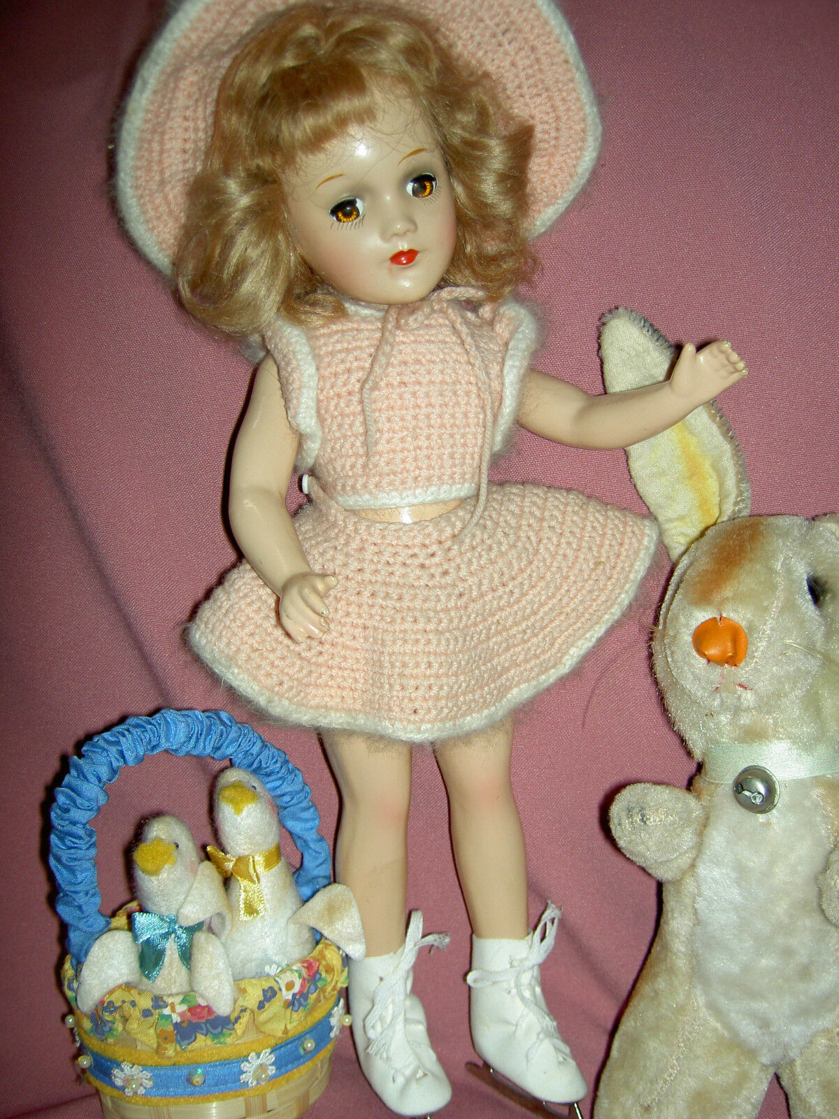 Gorgeous, 1937 vintage, composition signed  Mary Hoyer doll in original outfit