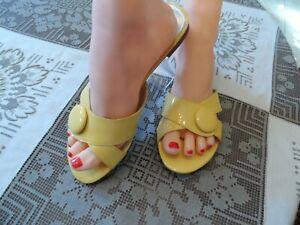 Talbots-Yellow-Patent-Leather-Slip-On-Sandals-Size-6B