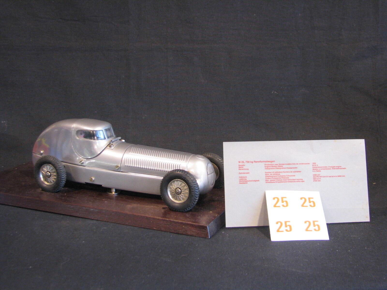 Märklin Mercedes-Benz W25 Rekordwagen 1934 1 18 Caracciola Tinplate Racer (JS)
