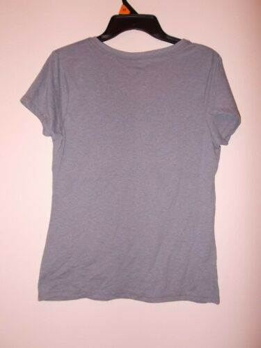 Details about  /Hanes Women/'s Size Small Short Sleeve Grey T-Shirt With A Heart