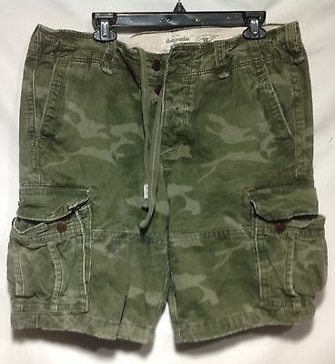 Abercrombie & Fitch Cargo Camouflage Shorts, Button Fly, size 36