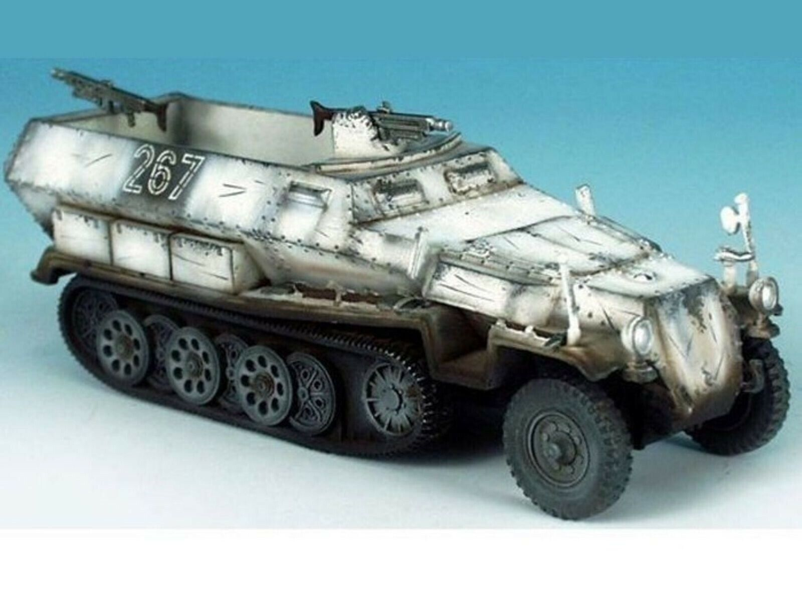 WOW EXTREMELY RARE Hanomag Sd Kfz 251 1 Winter 1944 17498D BNIB 1 32 W.Britain's