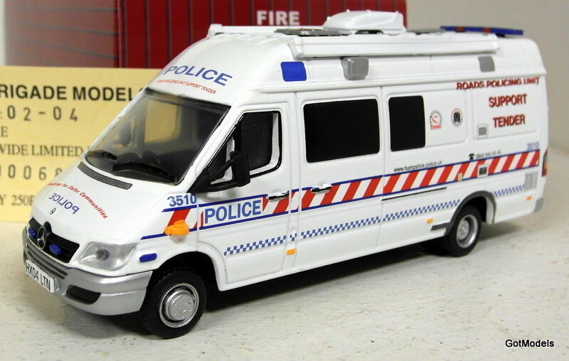 Fire Brigade models 1 43 Scale 02-04 Mercedes Sprinter Hampshire Police van