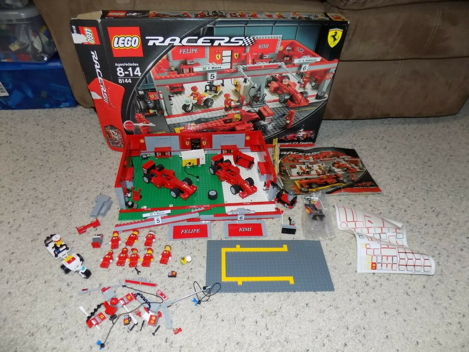RARE COMPLET LEGO 8144 FERRARI F1 Racers Team W BOX Instructions & minifigures