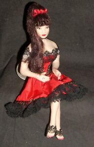 1-12-Doll-White-Woman-Chicken-Ranch-Bordello-Dollhouse-Miniature-2251-Thomas