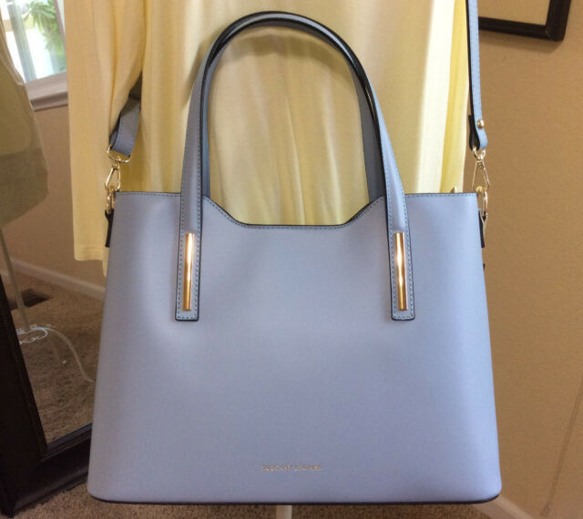 1f4a055216e8 Tuscany Leather Olympia BORSA SHOPPER in Celeste ( Blue) With Cross ...