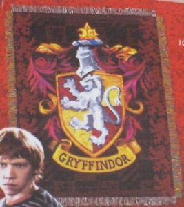 Harry Potter Gryffindor Crest Woven Tapestry Throw Blanket Gift New USA Made NWT