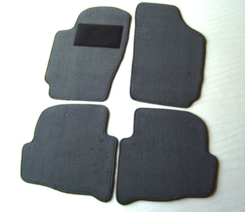 Passform-Velours-Fußmatten für Skoda Fabia I   Baujahr 1999-2007  in grau  NEU