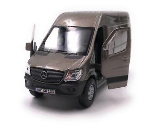 Mercedes-Benz-Sprinter-Panel-Van-Oro-Coche-a-Escala-Con-Wunschkennzeichen-1-3-4