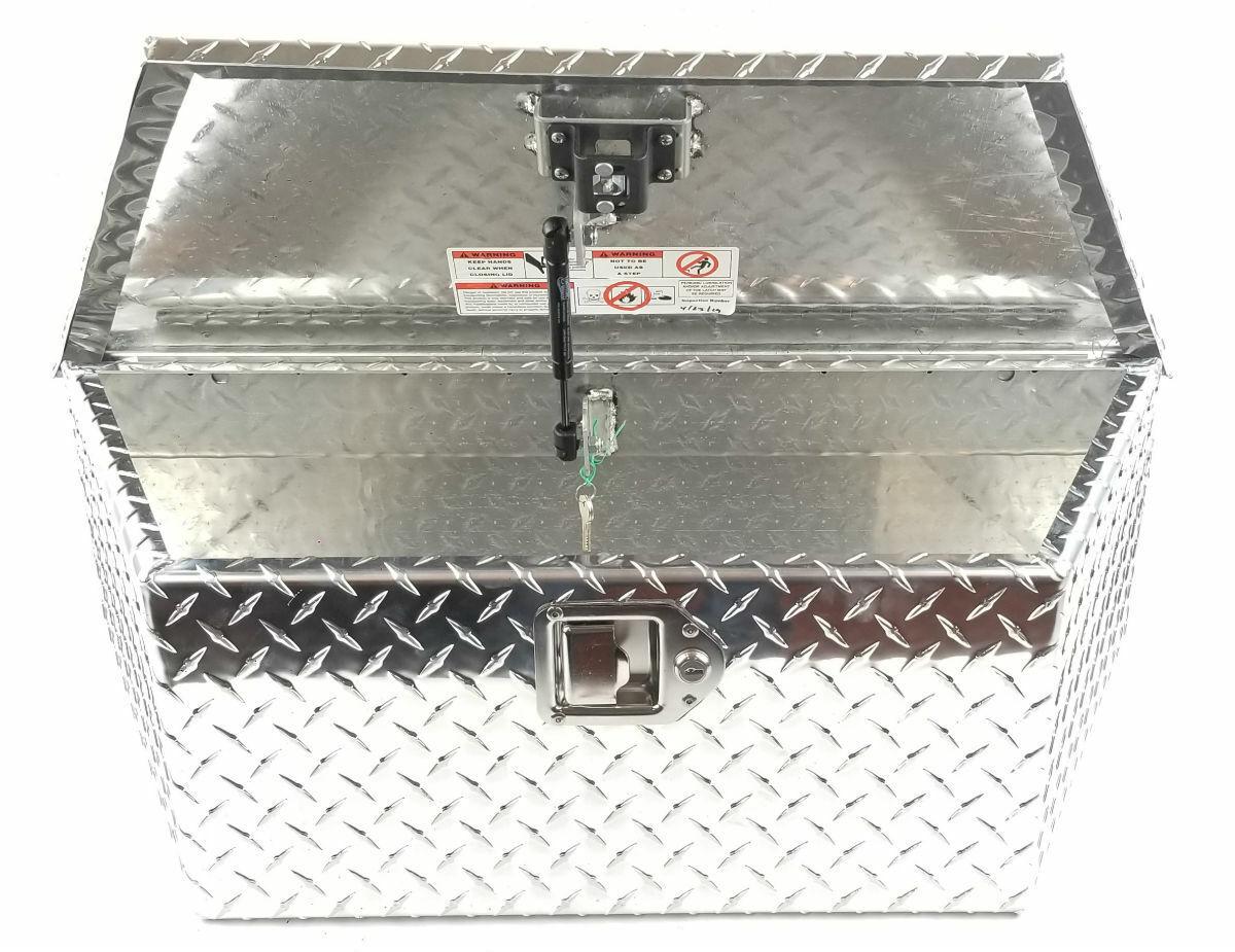 Triton 13450 Aluminum Diamond Plate Storage Box