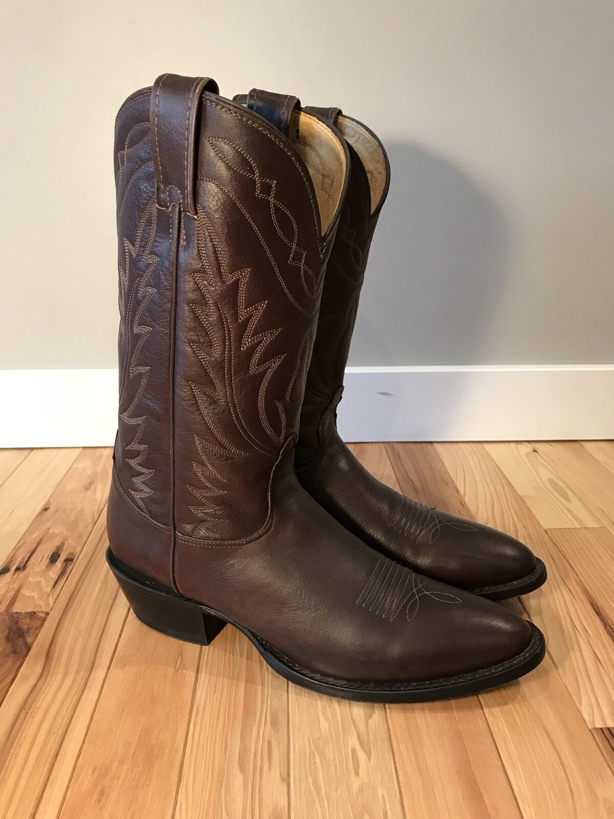 Nocona Marronee Leather Deertan Western Cowboy  stivali MD2401 Mens 9.5 A Made in USA  consegna veloce