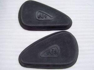 Pair-Ajs-16-18-20-30-31-petrol-tank-gas-tank-kneepad-knee-grip-rubber-1937-56