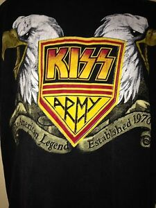 VINTAGE-KISS-ARMY-t-shirt-22-YEARS-OF-DESTRUCTION-1976-1998-OUT-OF-PRINT-T-SHIRT