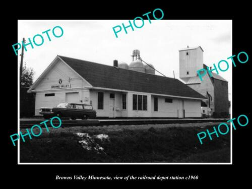 OLD 6 X 4 HISTORIC PHOTO OF BROWNS VALLEY MINNESOTA RAILROAD DEPOT STATION c1960