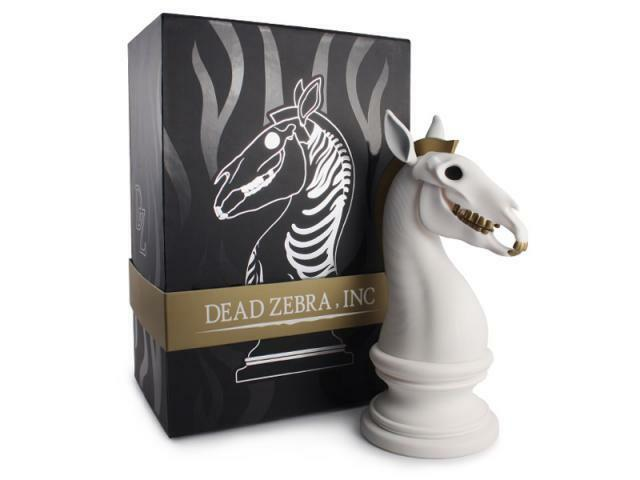 THE LAST KNIGHT CLASSICAL EDITION VINYL ART SCULPTURE BY ANDREW BELL DEAD ZEBRA