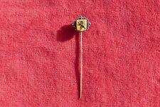 Épingle à chapeau en métal décor blason au lion rugissant French jewel hat pin.