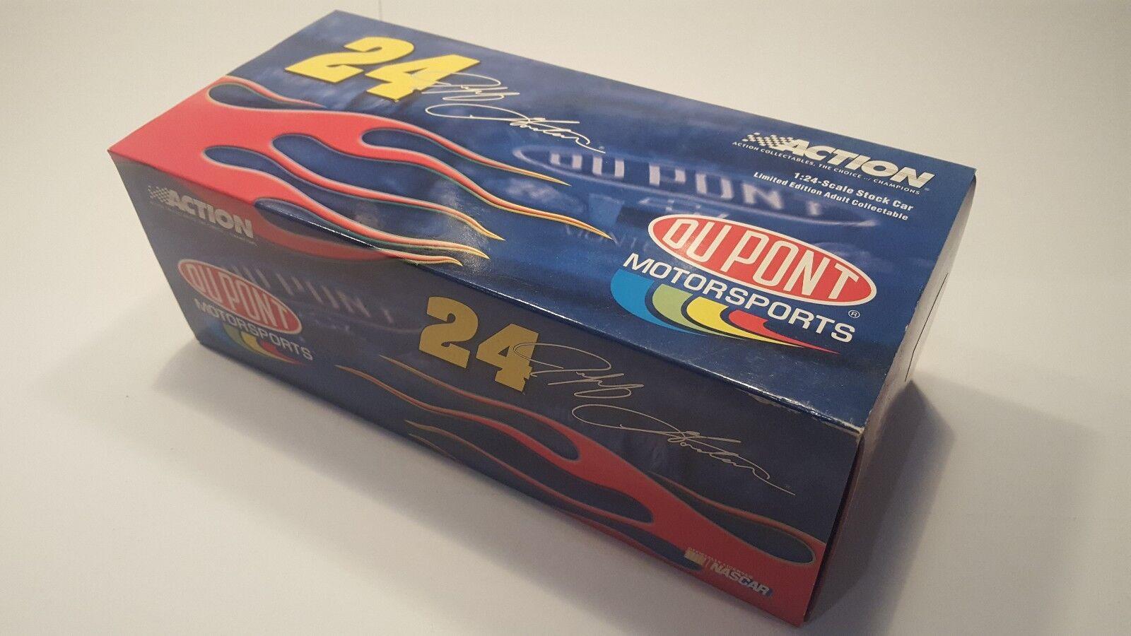 NIB NASCAR Diecast 1 24 scale collectable car, Jeff Gordon 2003 Monte Carlo