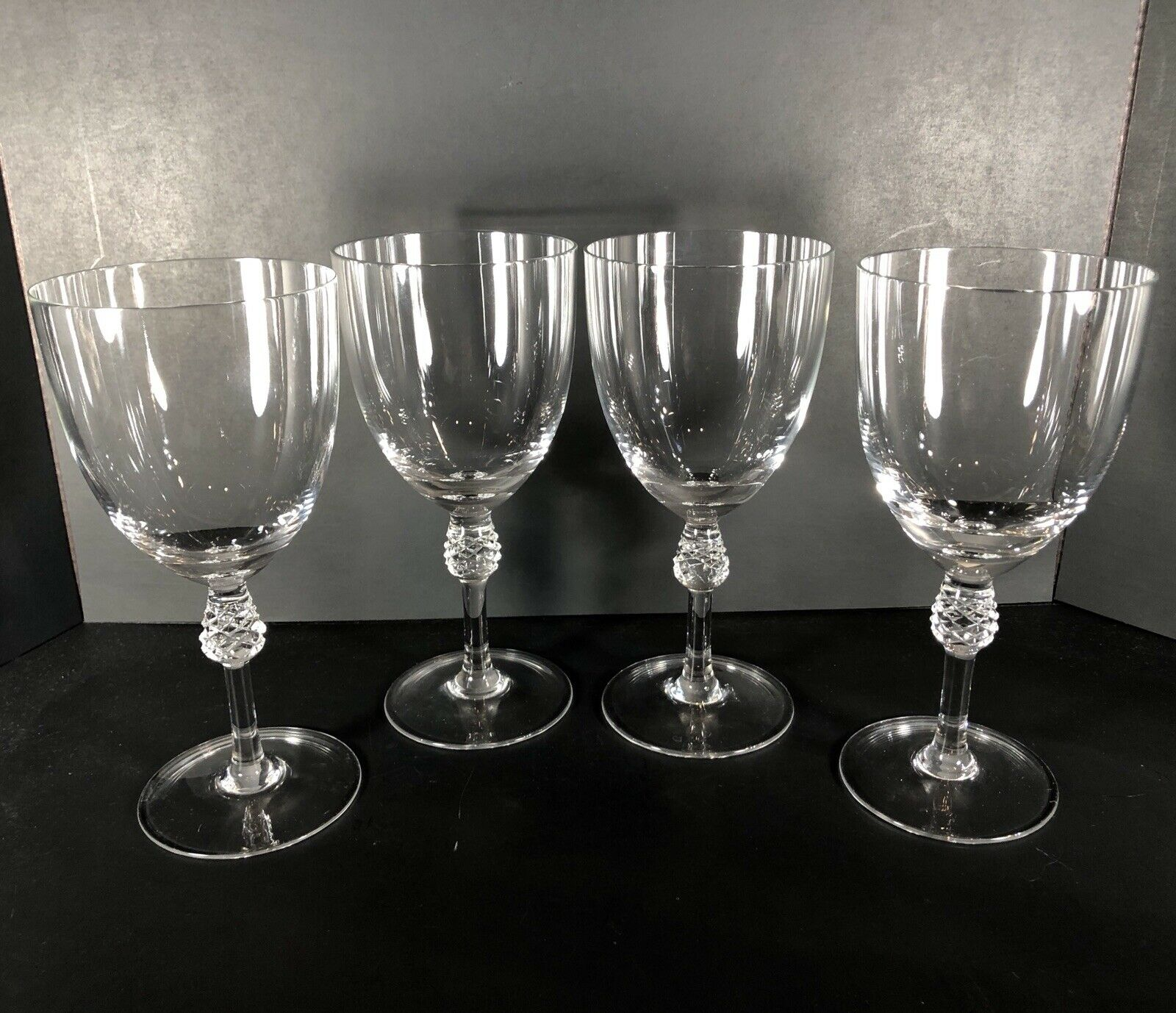 4 Water  Wine glasses with Pineapple   ball stem set Large 16 oz bowl