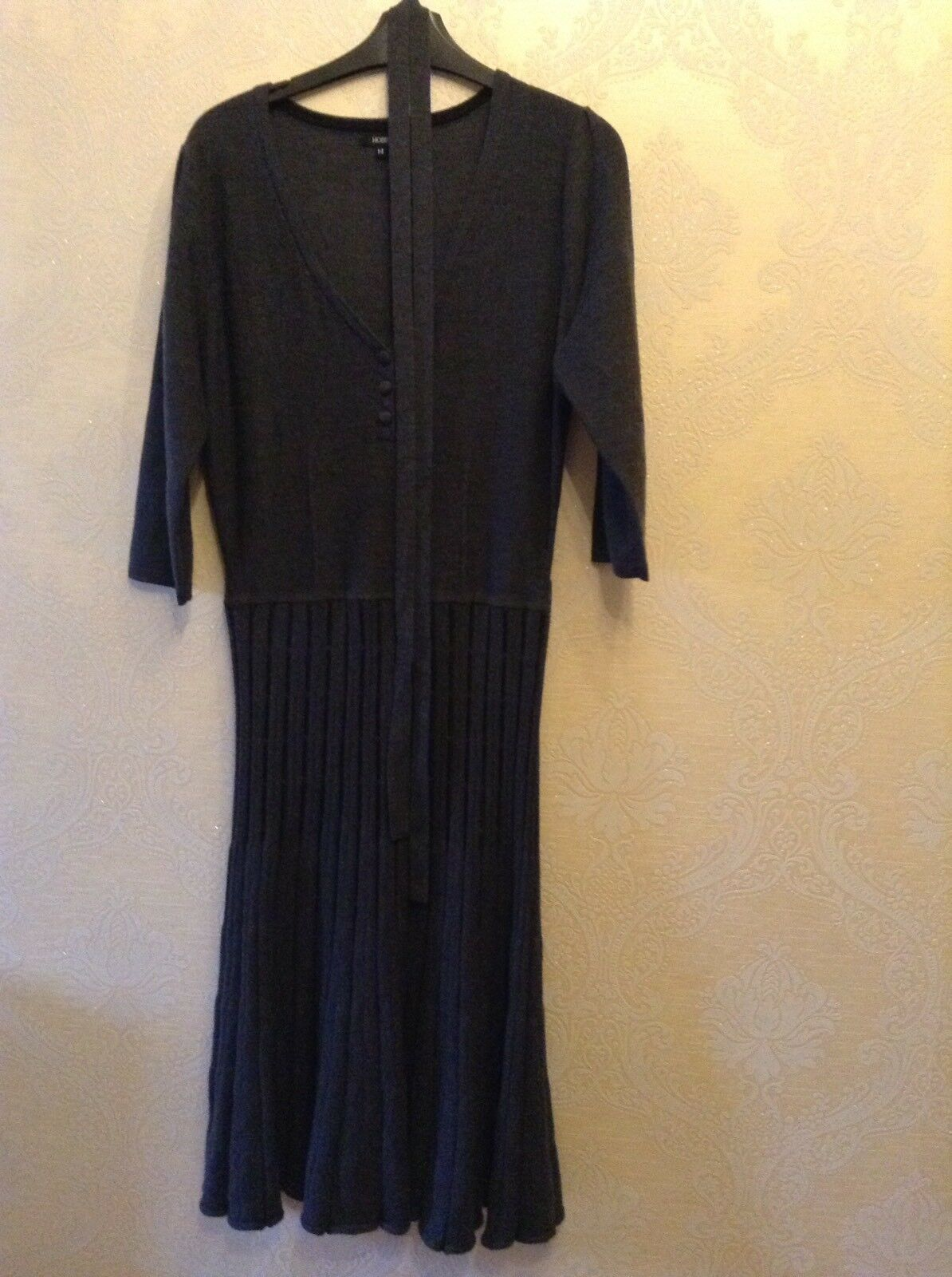 Hobbs Size 14 Dark Grey   Charcoal Wool Ladies Dress, 3 4 Length Sleeves