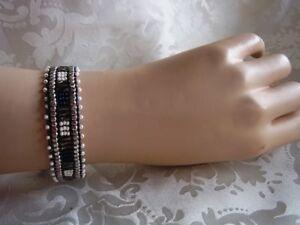 Armband-Perlen-Freundschaftsarmband-Handarbeit