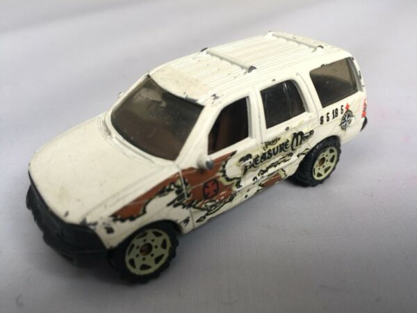 1998 Pirates Ford Expedition (blanc Avec Carte Au Trésor) Matchbox Made In Thailand