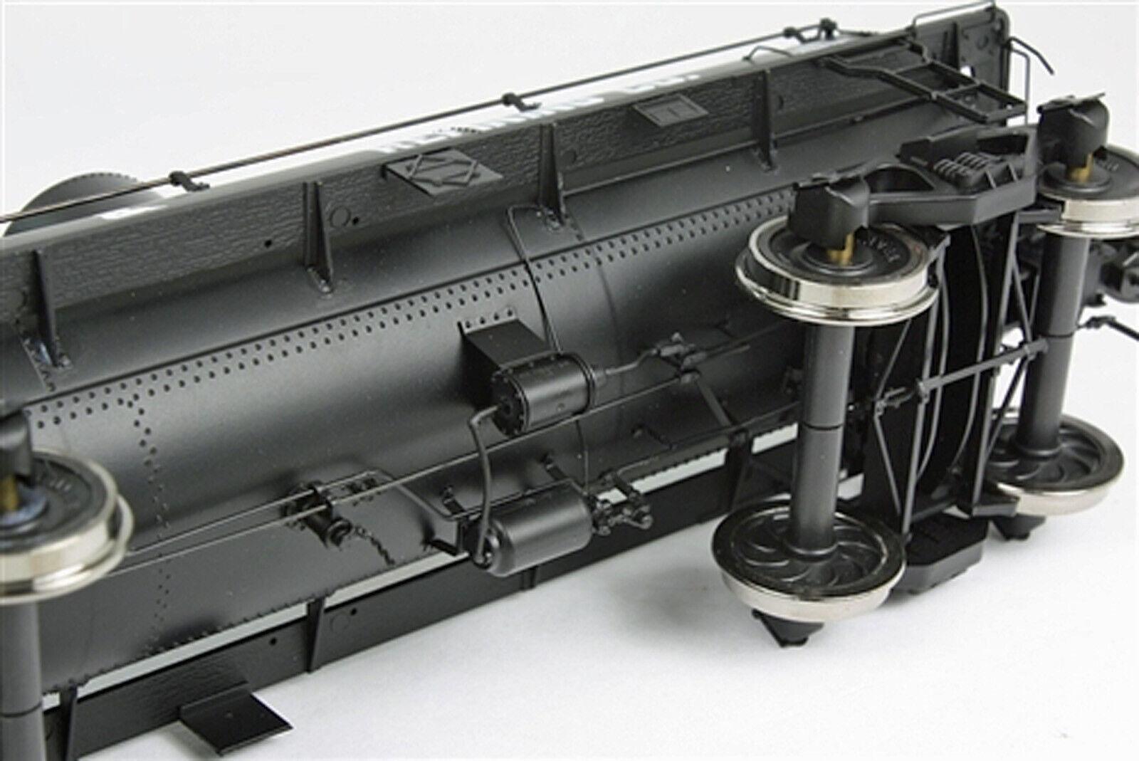 SAN JUAN auto CO PIONEER OIL OIL OIL TANK auto  PNRX 105 O Scale 2 Rail modello RTR SJC105 312e37