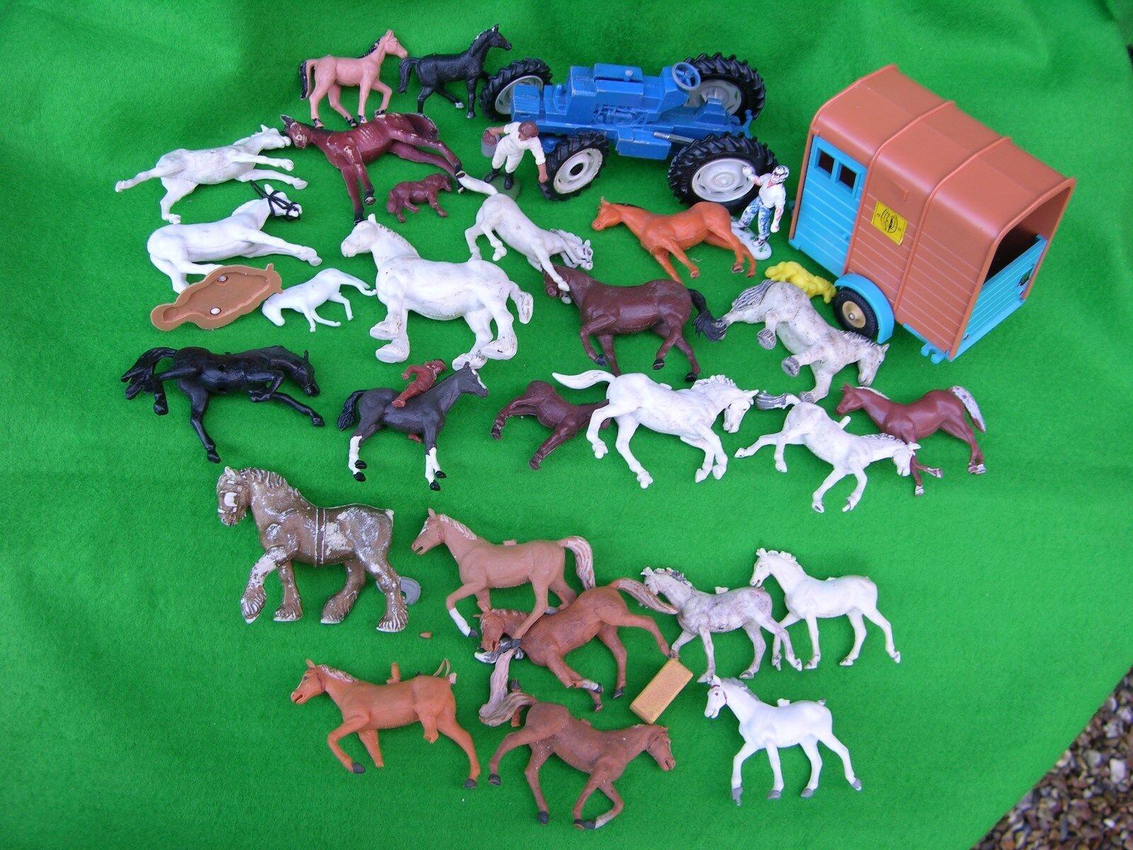 BRITAINS FARM ANIMALS, ANIMALS, ANIMALS, MINI FARM SET 4cc96b