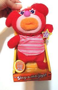 Original-In-Box-Red-Sing-A-Ma-Jig-Yankee-Doodle-2010-Mattel-Works-Sings